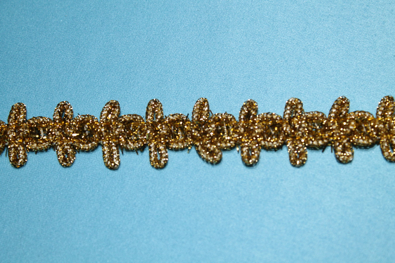 Тесьма металлизированная золотая
