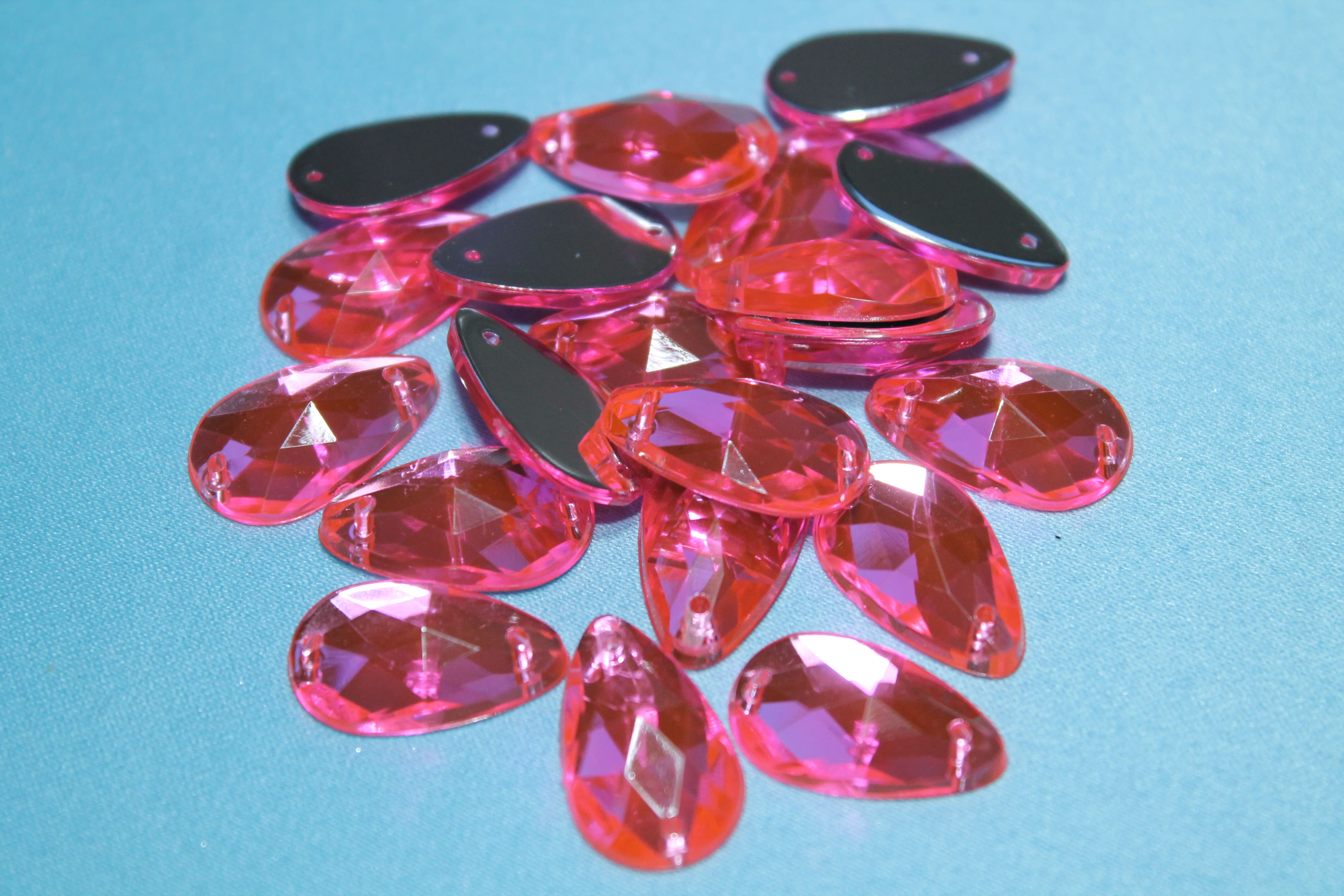 "Стразы пластиковые, форма ""Капля"", 13х18 мм, розовые."