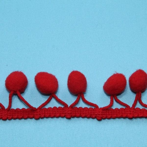 Тесьма декоративная с помпонами красная, ширина 2,5 см